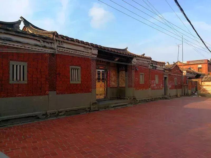 南昌涂鸦墙幼儿园,南昌户外墙体喷绘广告,南昌墙体广告喷绘,南昌户外墙体喷绘